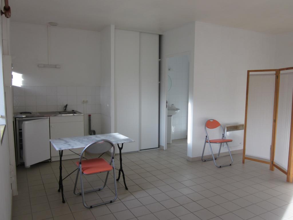 Location particulier Saint-Michel-en-Grève, appartement, de 28m²