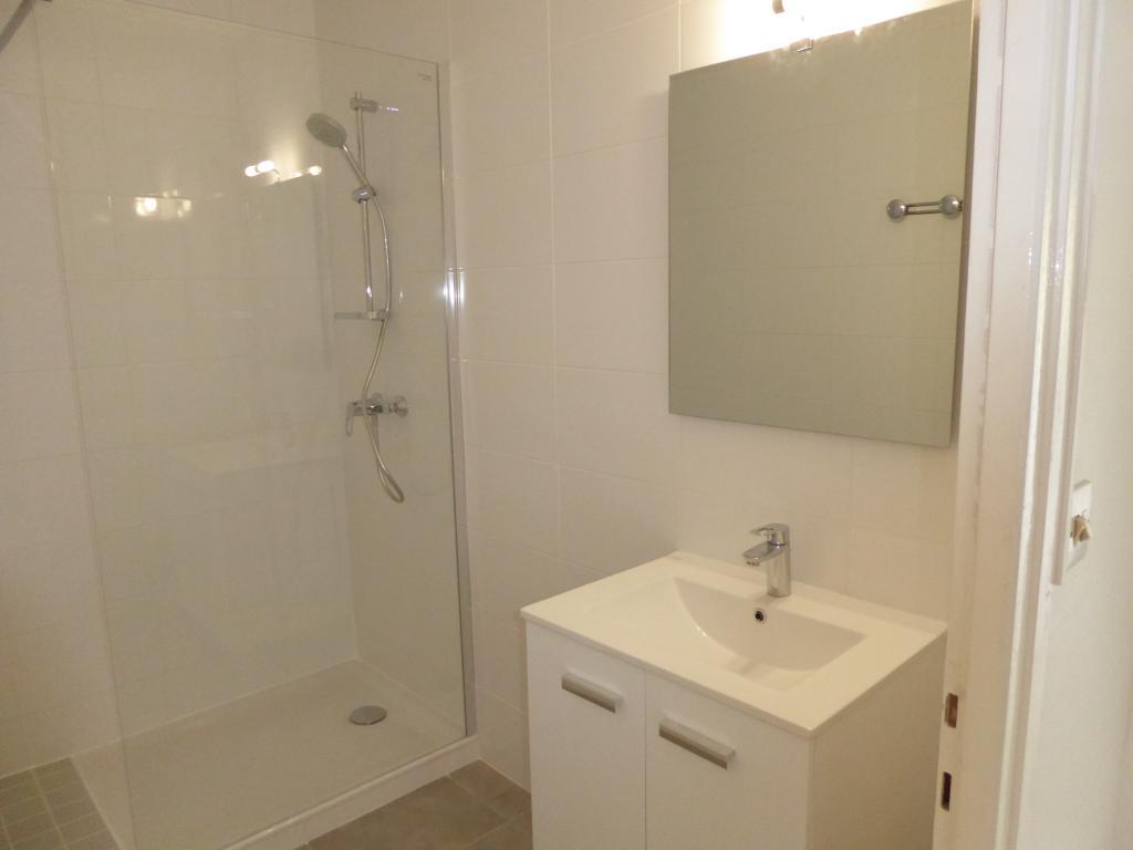 Appartement de 58m2 louer sur grenoble location for Appartement meuble grenoble louer