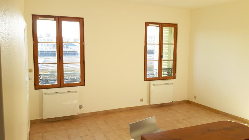 Location particulier à particulier, appartement, de 33m² à Versailles