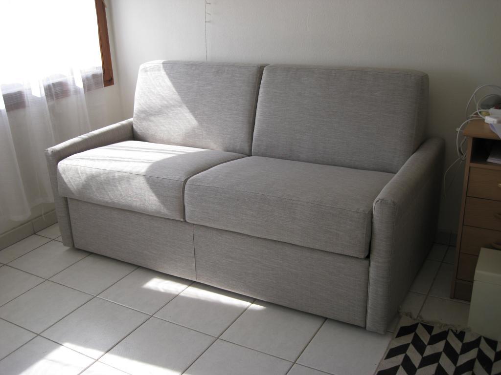 location de studio meubl entre particuliers aix en provence 510 19 m. Black Bedroom Furniture Sets. Home Design Ideas