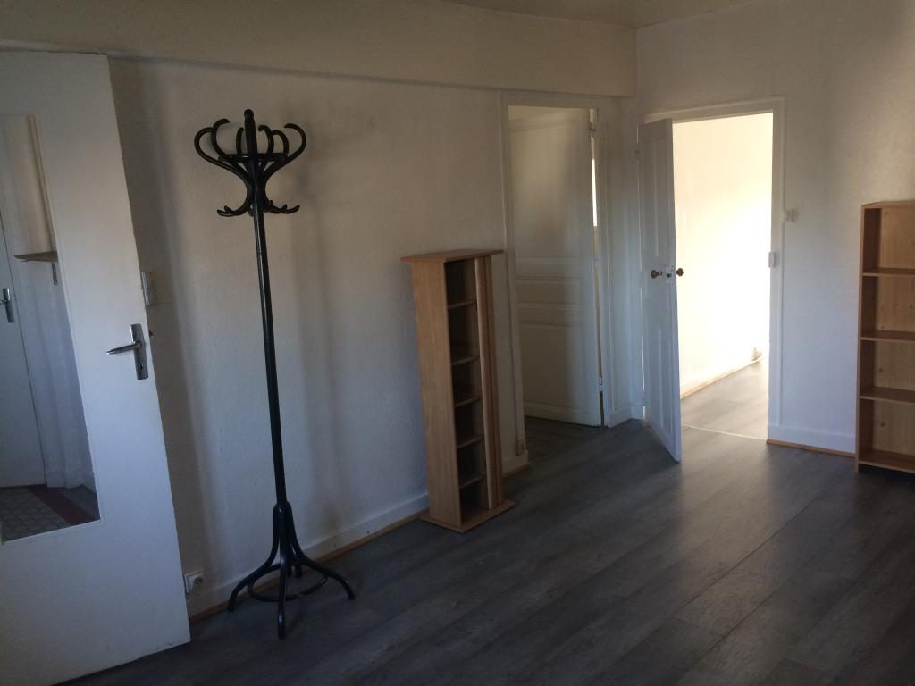 particulier location appartement de 65m angers location appartement. Black Bedroom Furniture Sets. Home Design Ideas
