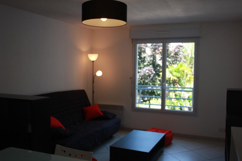 Location D 39 Appartement T2 Meubl De Particulier