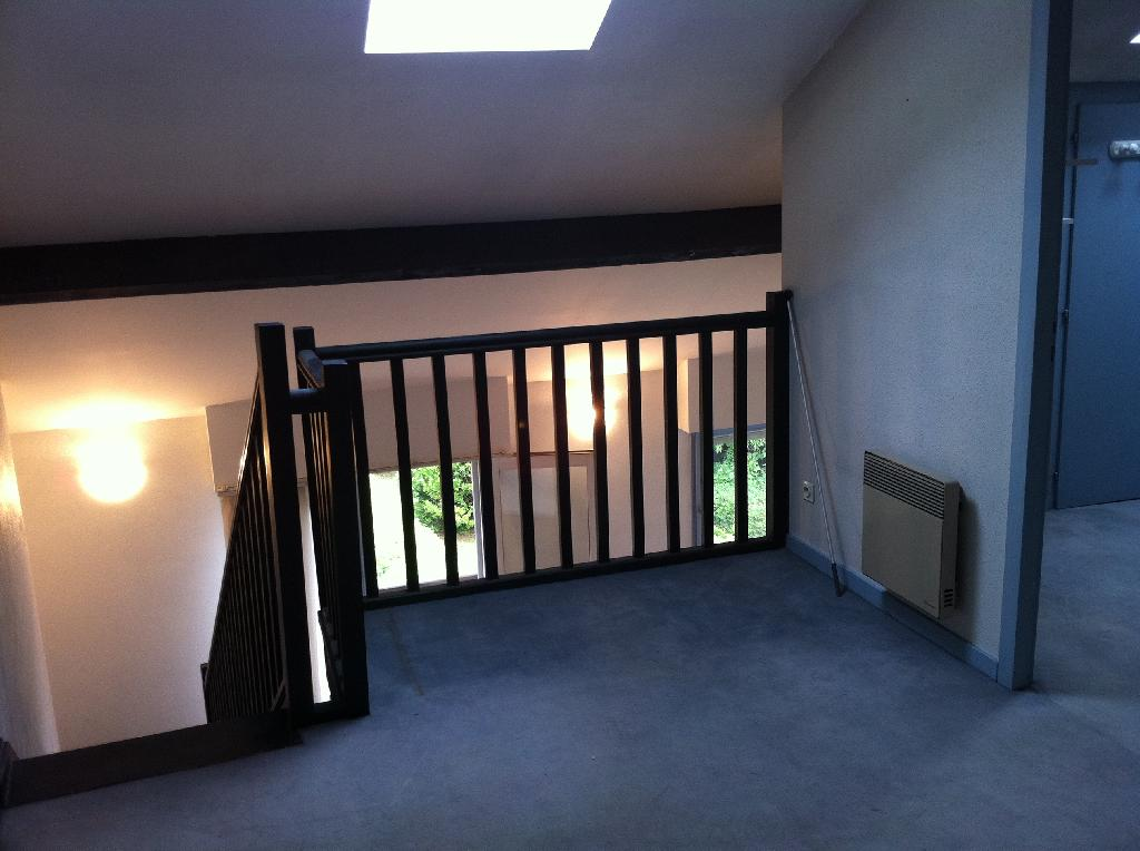 Location d 39 appartement t2 entre particuliers bordeaux for Location appartement bordeaux 40m2