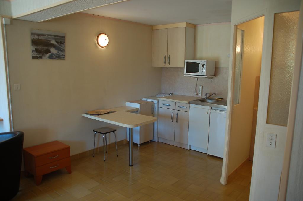 Location de studio meubl sans frais d 39 agence aix en - Location studio meuble aix en provence ...