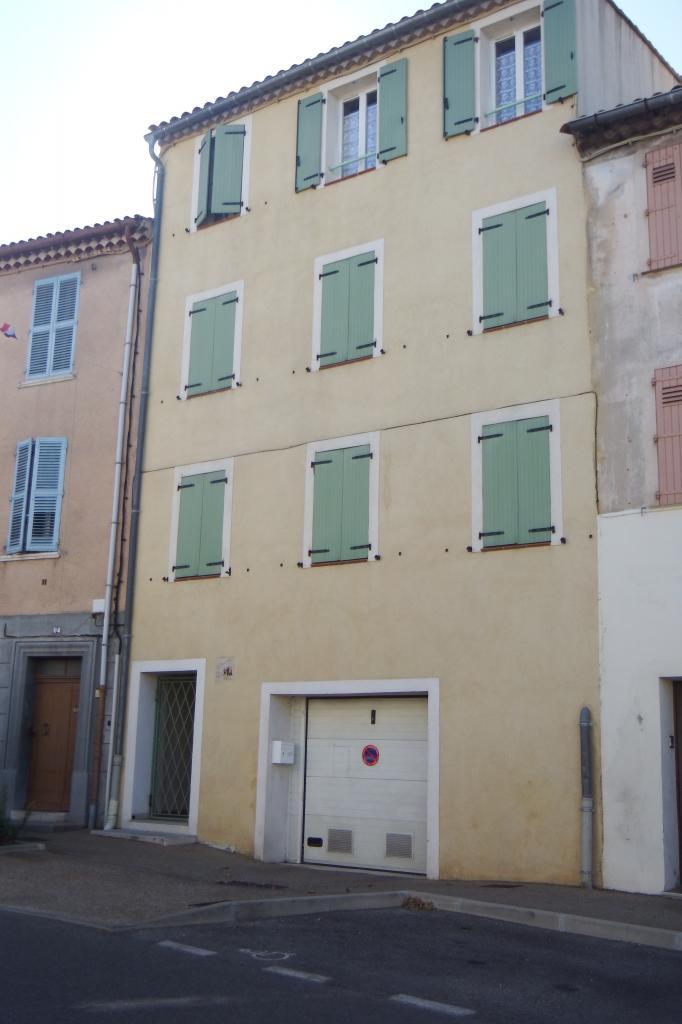 Appartement particulier, appartement, de 40m² à Solliès-Toucas