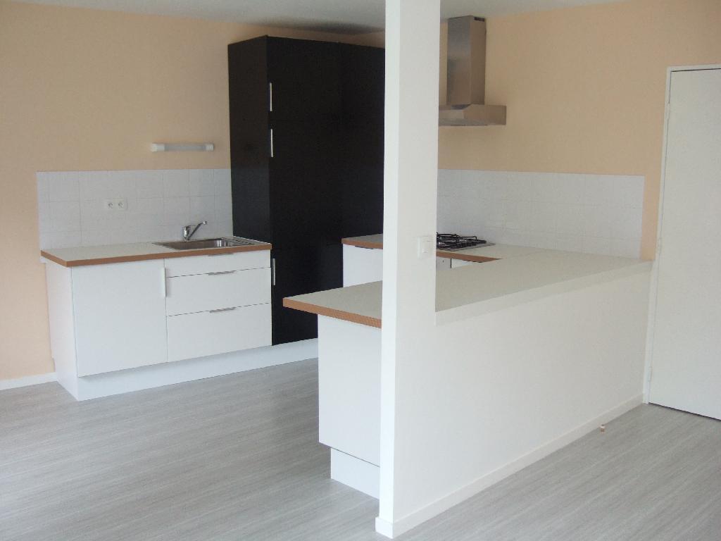 Location particulier à particulier, appartement à Saint-Jacques-de-la-Lande, 72m²