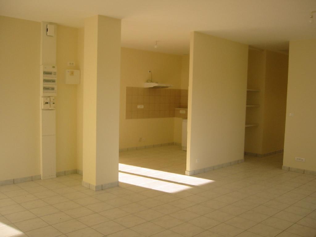 De particulier à particulier, appartement à Aynac, 77m²
