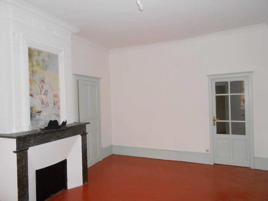 Location d 39 appartement t3 meubl sans frais d 39 agence for Cuisine 81 gaillac