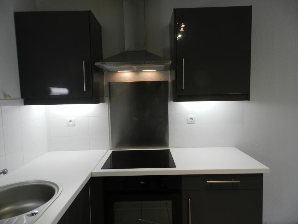 location d 39 appartement t3 de particulier particulier toulouse 830 74 m. Black Bedroom Furniture Sets. Home Design Ideas