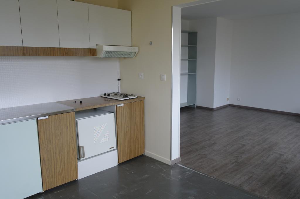 location de t1 de particulier particulier vandoeuvre les nancy 475 38 m. Black Bedroom Furniture Sets. Home Design Ideas