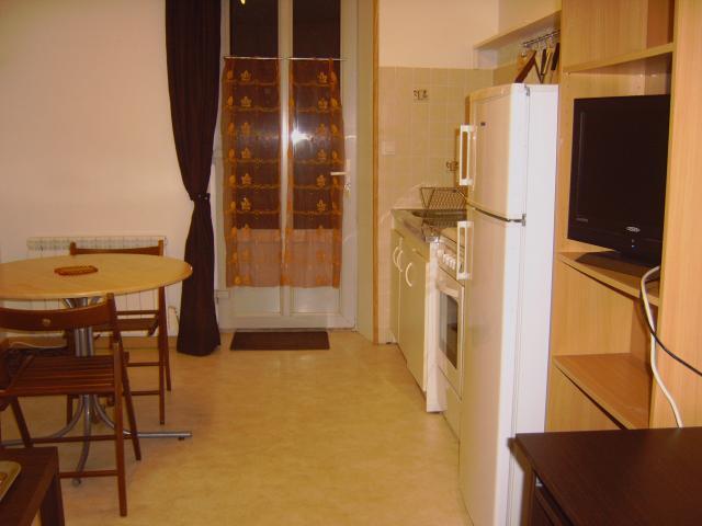 location appartement dole de particulier particulier. Black Bedroom Furniture Sets. Home Design Ideas