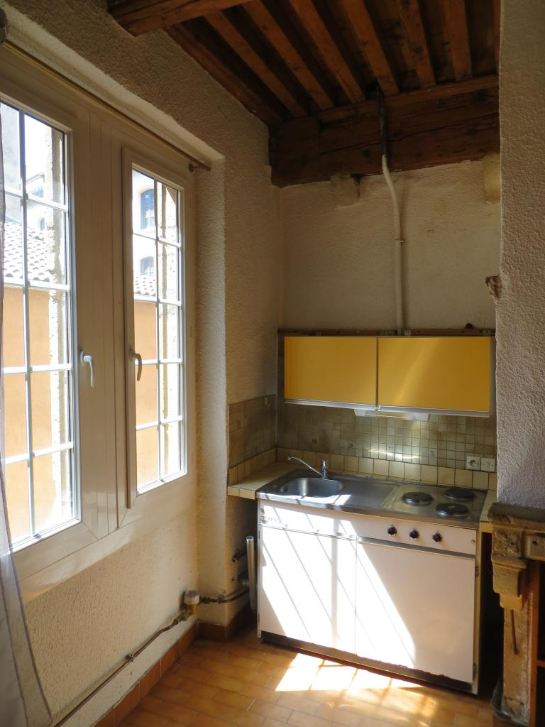 Entre particulier , studio, de 30m² à Lyon 05