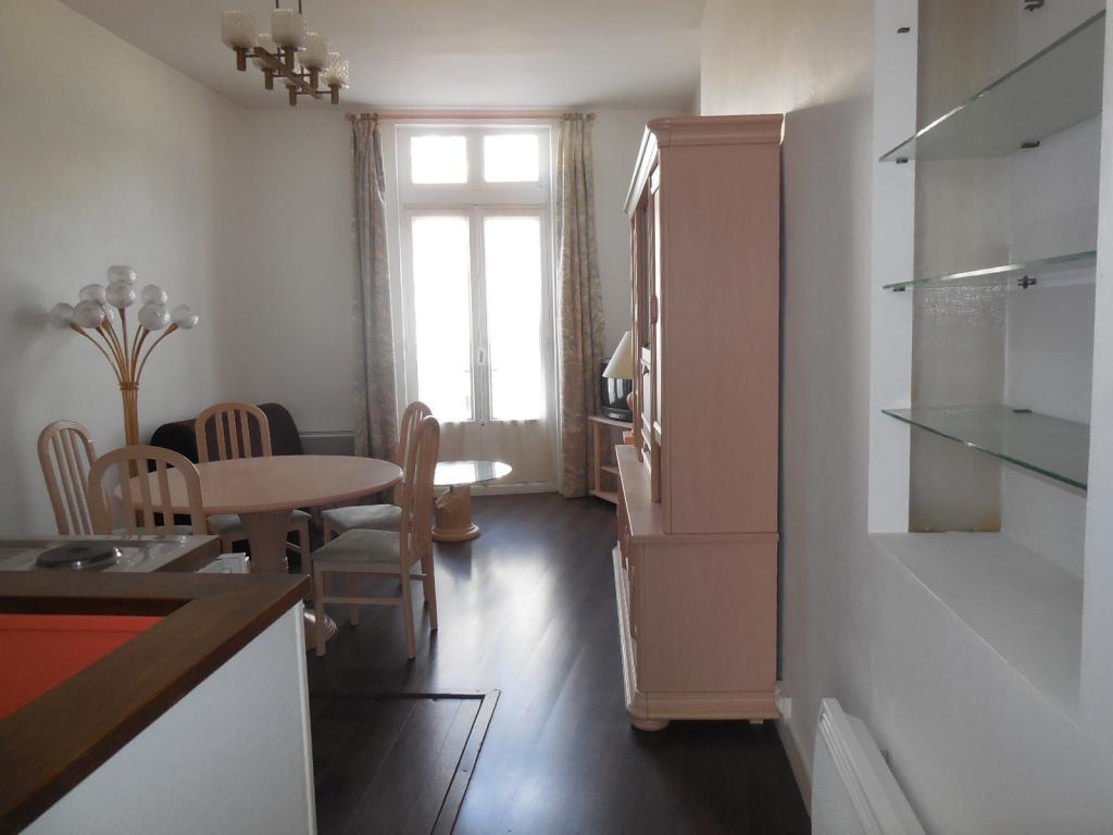 Entre particulier , appartement, de 37m² à Saint-Sulpice-de-Pommeray