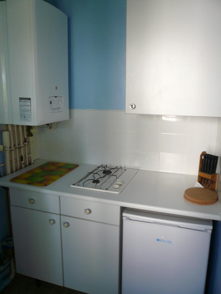 location de studio meubl entre particuliers pessac 550 30 m. Black Bedroom Furniture Sets. Home Design Ideas
