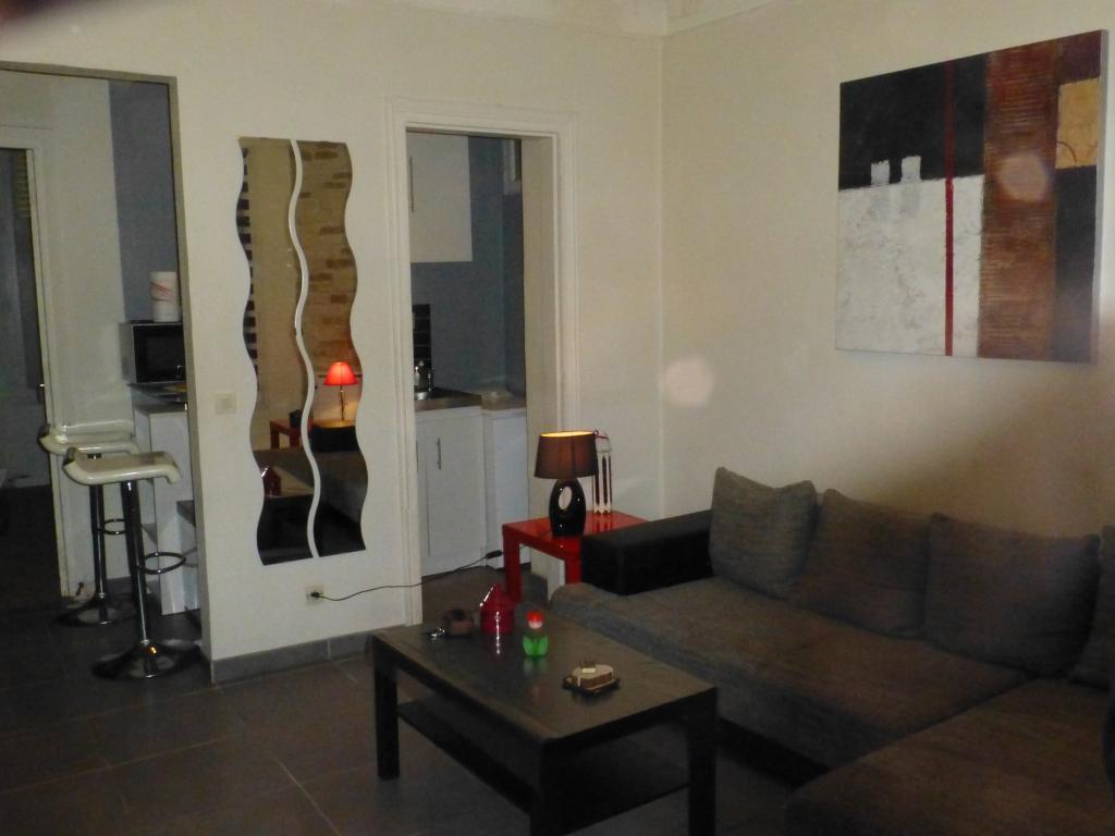 location de 2 pi ces meubl sans frais d 39 agence enghien les bains 850 34 m. Black Bedroom Furniture Sets. Home Design Ideas