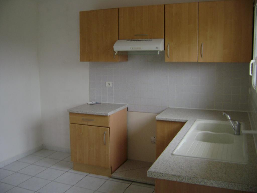Location de particulier à particulier à Saint-Lon-les-Mines, appartement maison de 80m²