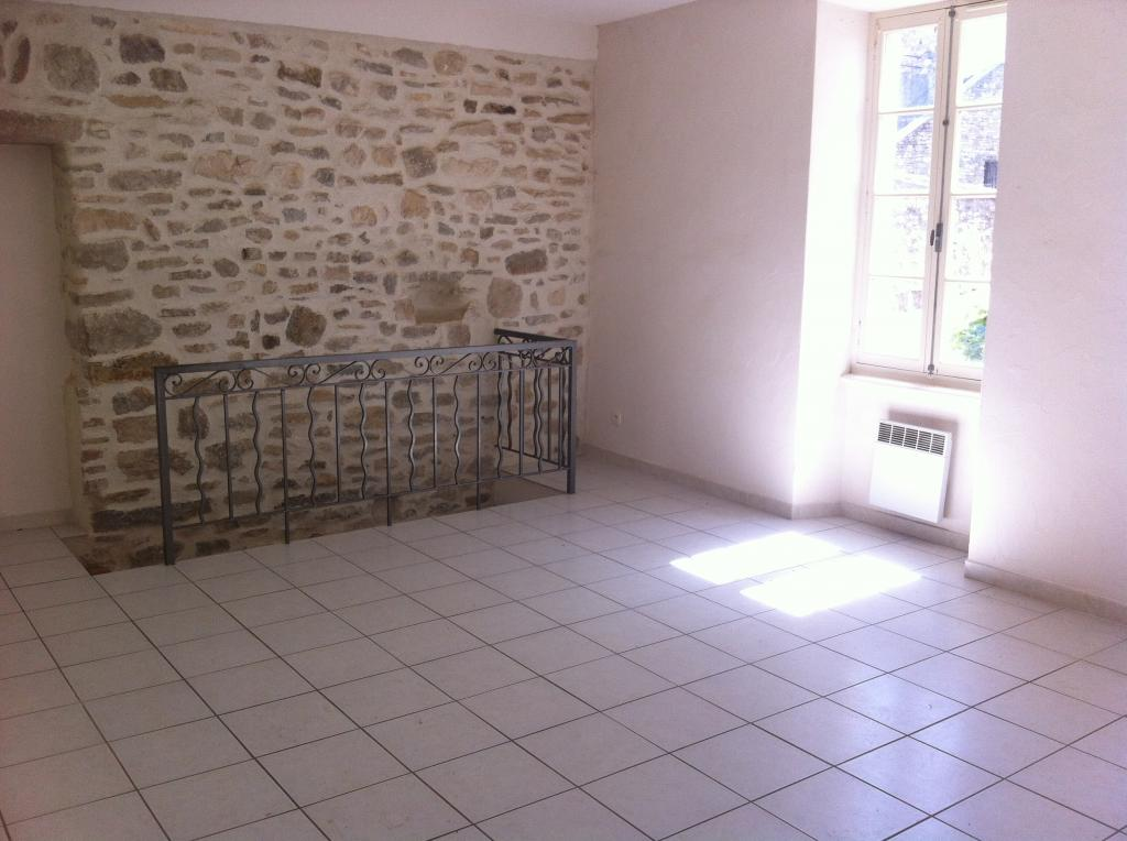 Location de maison entre particuliers brignon 585 90 m for Location maison