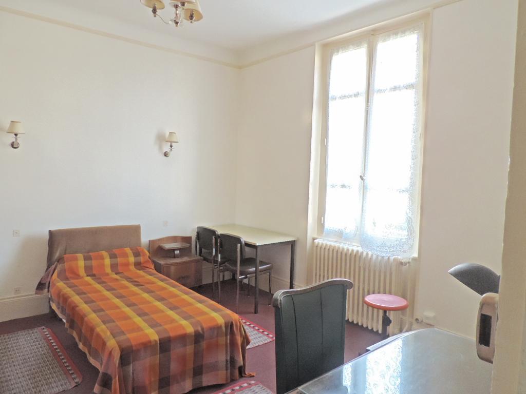 Chambre de 16m2 louer sur dijon location appartement for Chambre a louer dijon