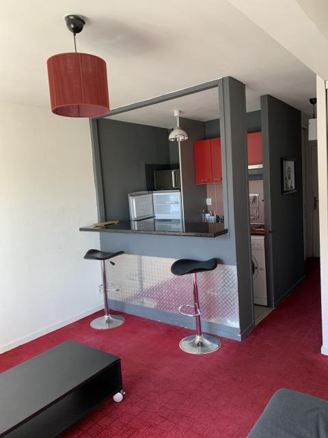 Appartement Meublé En Location à Bordeaux   655 U20ac Bordeaux   33000