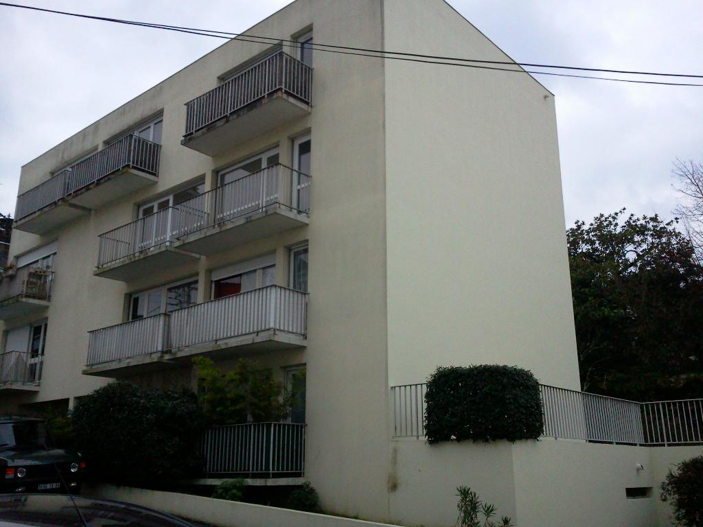 location d 39 appartement t2 de particulier nantes 650 54 m. Black Bedroom Furniture Sets. Home Design Ideas