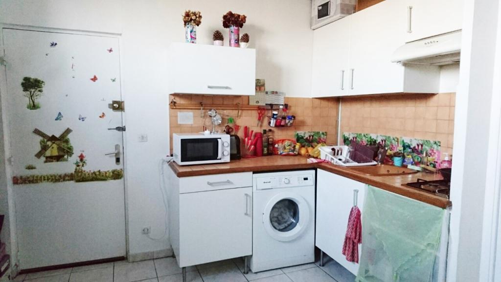 location d 39 appartement t2 de particulier nantes 480 31 m. Black Bedroom Furniture Sets. Home Design Ideas