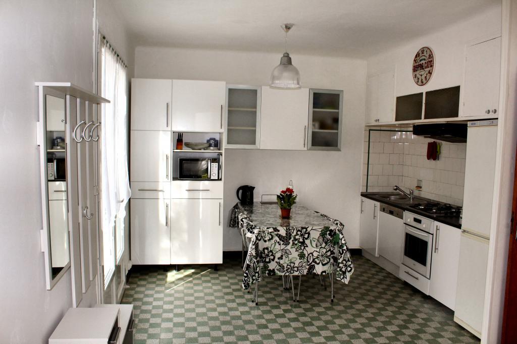 Location de maison f4 meubl e sans frais d 39 agence for Avignon location maison