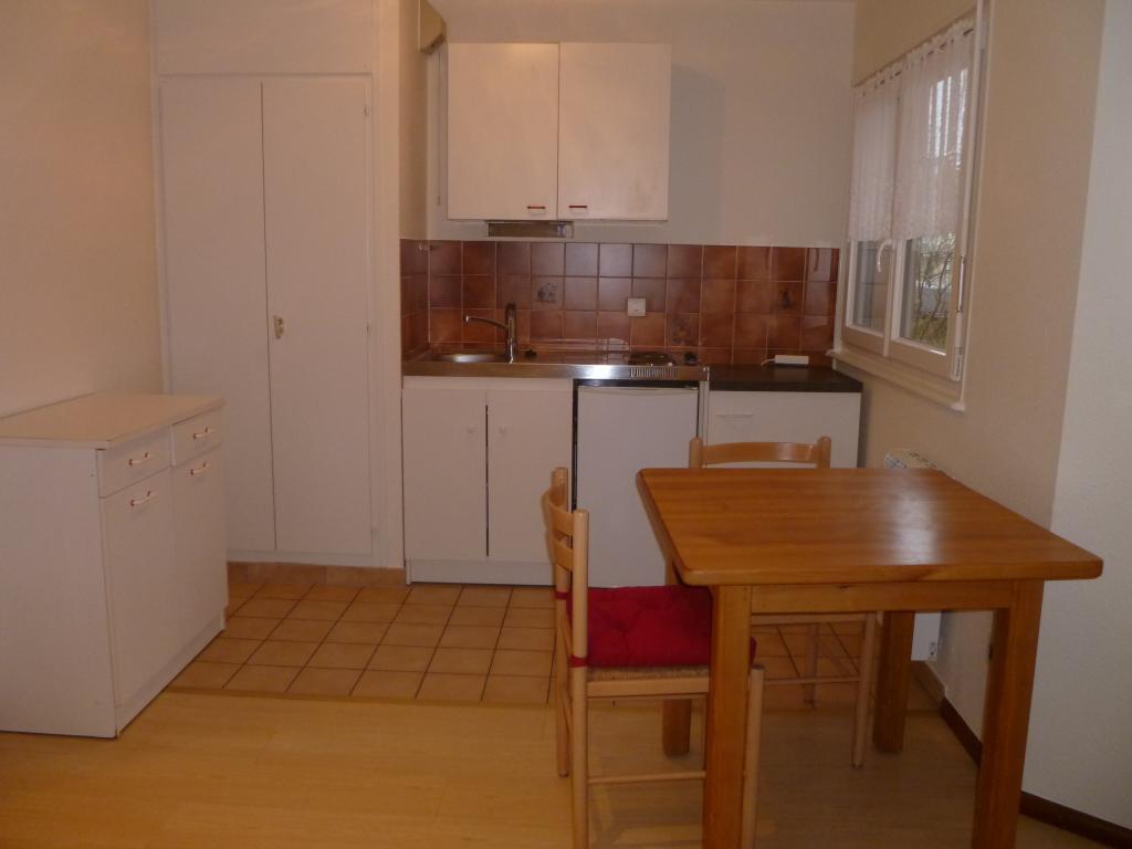 logement tudiant strasbourg 67 de particulier particulier. Black Bedroom Furniture Sets. Home Design Ideas