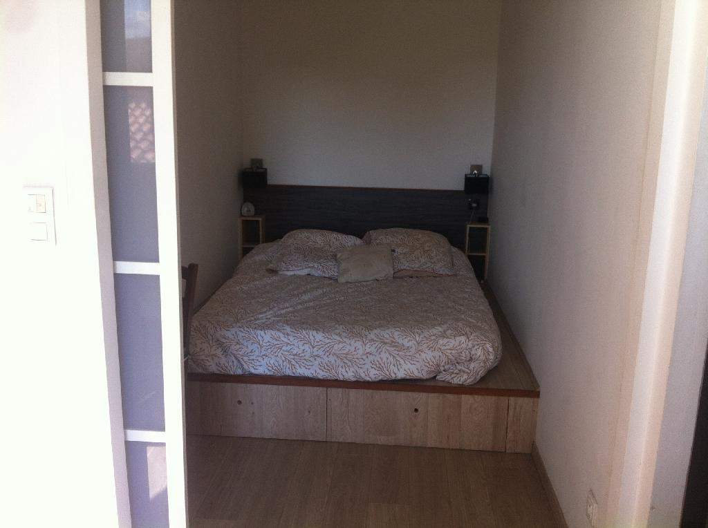Location appartement T1 Marseille 04 - Photo 4
