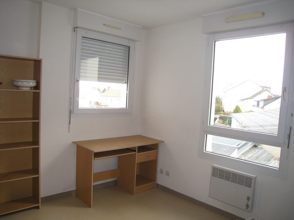 logement tudiant nantes sans frais d 39 agence. Black Bedroom Furniture Sets. Home Design Ideas