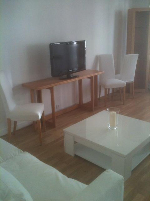 Location appartement T2 Neuilly sur Seine - Photo 1