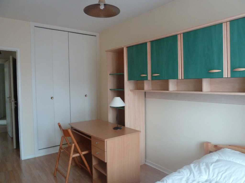 location d 39 appartement t2 meubl sans frais d 39 agence annecy 760 45 m. Black Bedroom Furniture Sets. Home Design Ideas