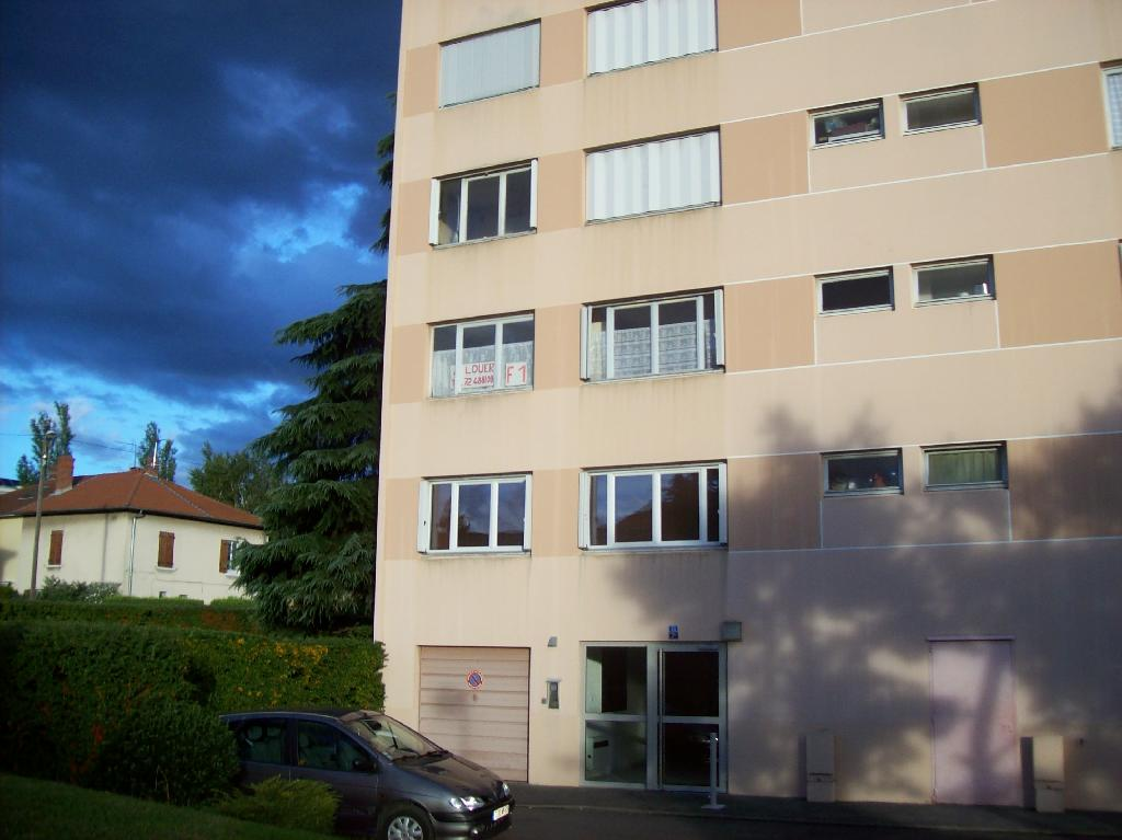 Location appartement T1 St Priest - Photo 1