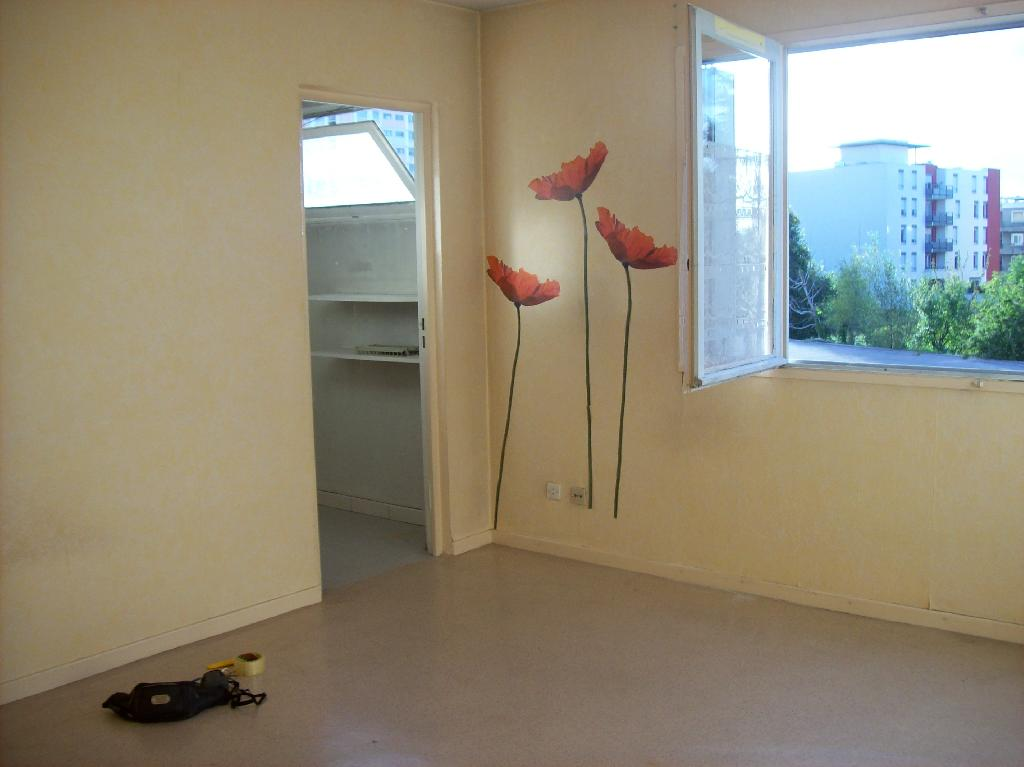 Location appartement T1 St Priest - Photo 4