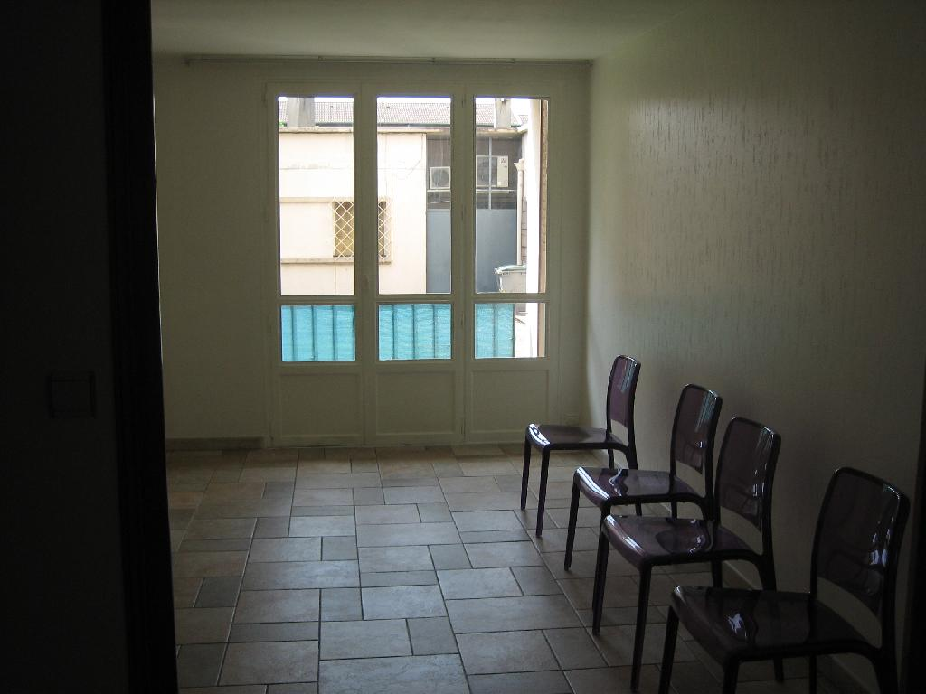 Location appartement T4 St Martin d'Heres - Photo 4