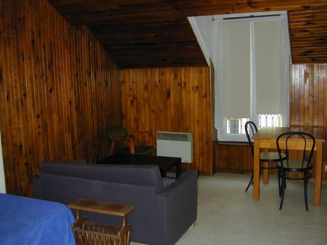 logement tudiant grenoble particulier chambres appartements studios louer. Black Bedroom Furniture Sets. Home Design Ideas