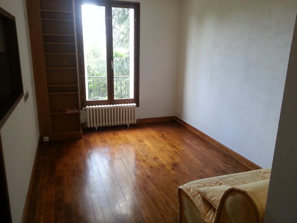 Location particulier à particulier, studio, de 22m² à Fontenay-sous-Bois