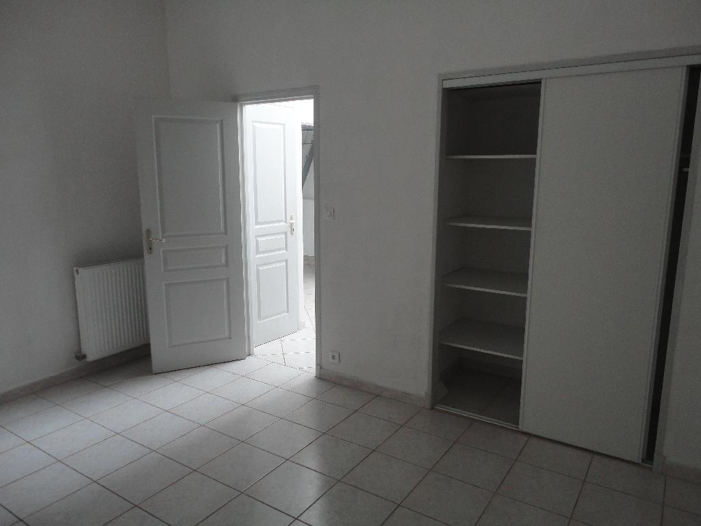 Location maison F6 Arles - Photo 4
