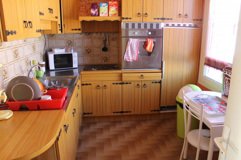 location d 39 appartement t4 sans frais d 39 agence lorient. Black Bedroom Furniture Sets. Home Design Ideas
