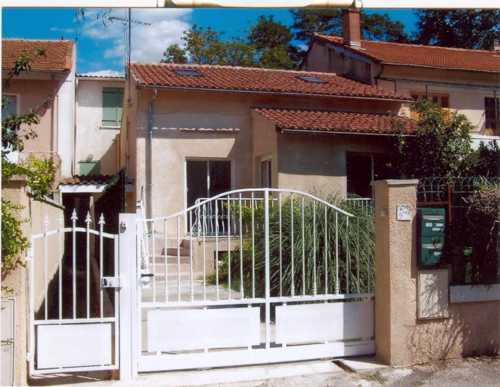 Location de maison f4 sans frais d 39 agence avignon 910 for Avignon location maison
