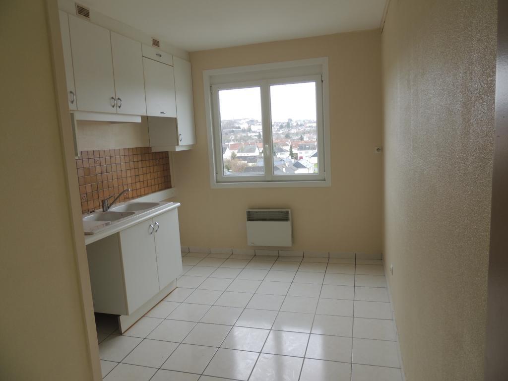 logement tudiant sarg l s le mans 11 logements tudiants disponibles. Black Bedroom Furniture Sets. Home Design Ideas