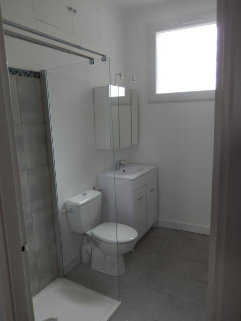Location appartement T2 Villeneuve les Avignon - Photo 2