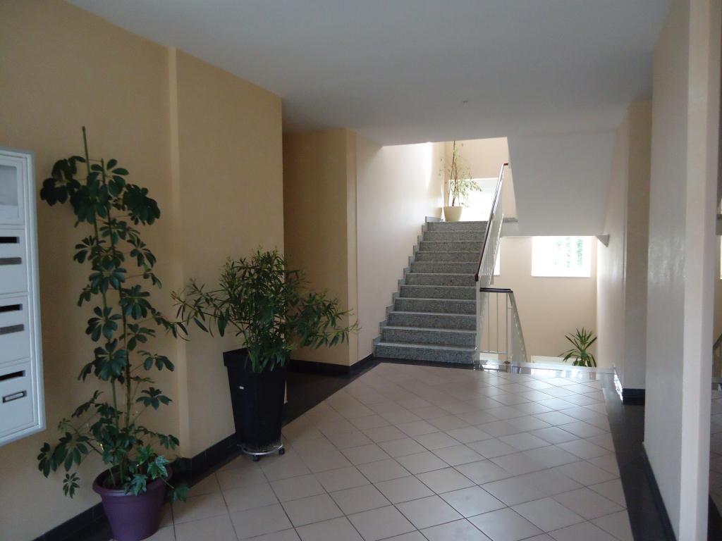 Entre particulier à Saint-Avold, studio, de 30m² à Saint-Avold