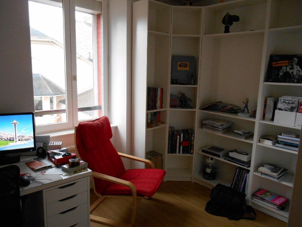 location de 3 pi ces de particulier cherbourg octeville 464 45 m. Black Bedroom Furniture Sets. Home Design Ideas