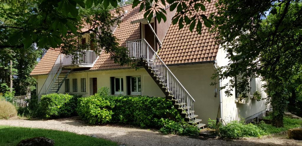 Appartement particulier à Gif-sur-Yvette, %type de 12m²