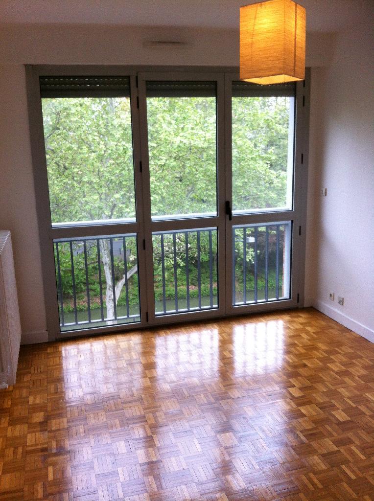 location d 39 appartement t1 sans frais d 39 agence toulouse 480 28 m. Black Bedroom Furniture Sets. Home Design Ideas