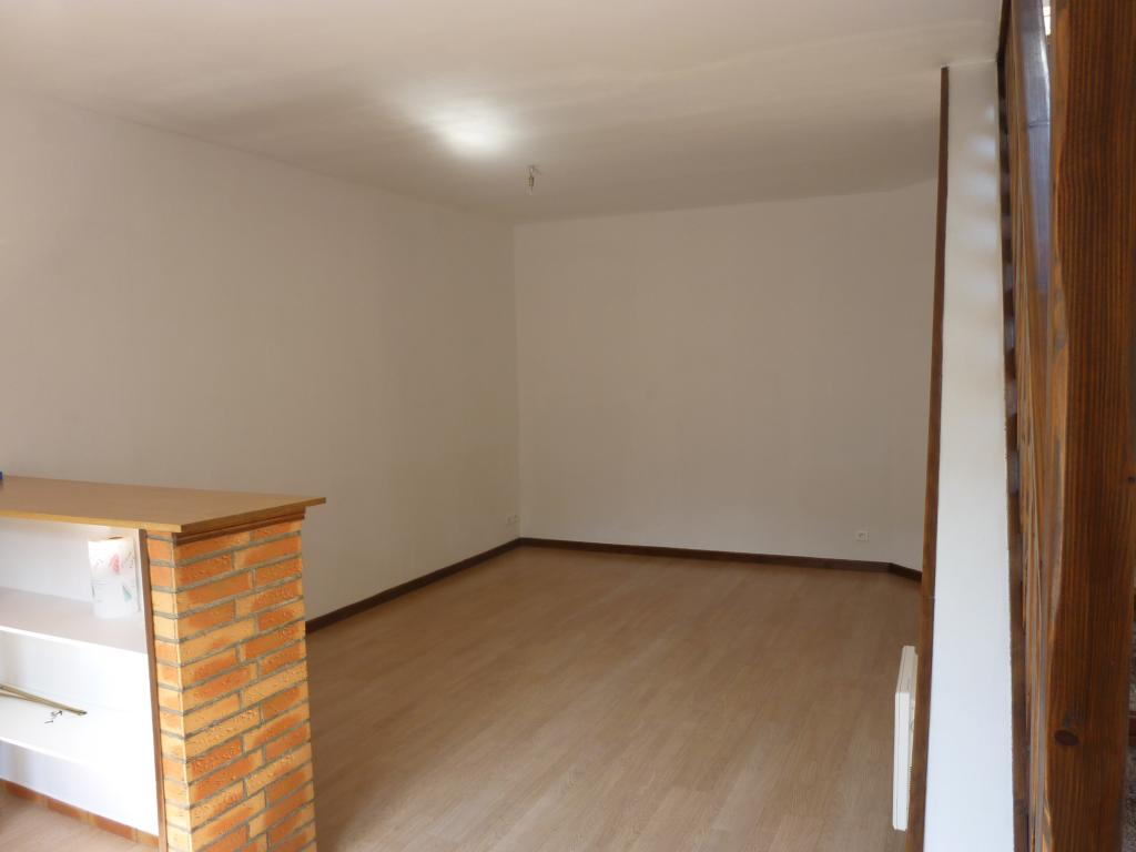 Location appartement T3 St Quentin - Photo 1