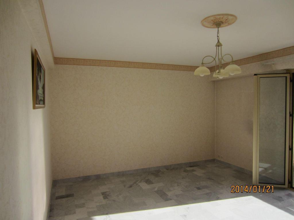 Entre particulier à Antibes, appartement, de 65m² à Antibes