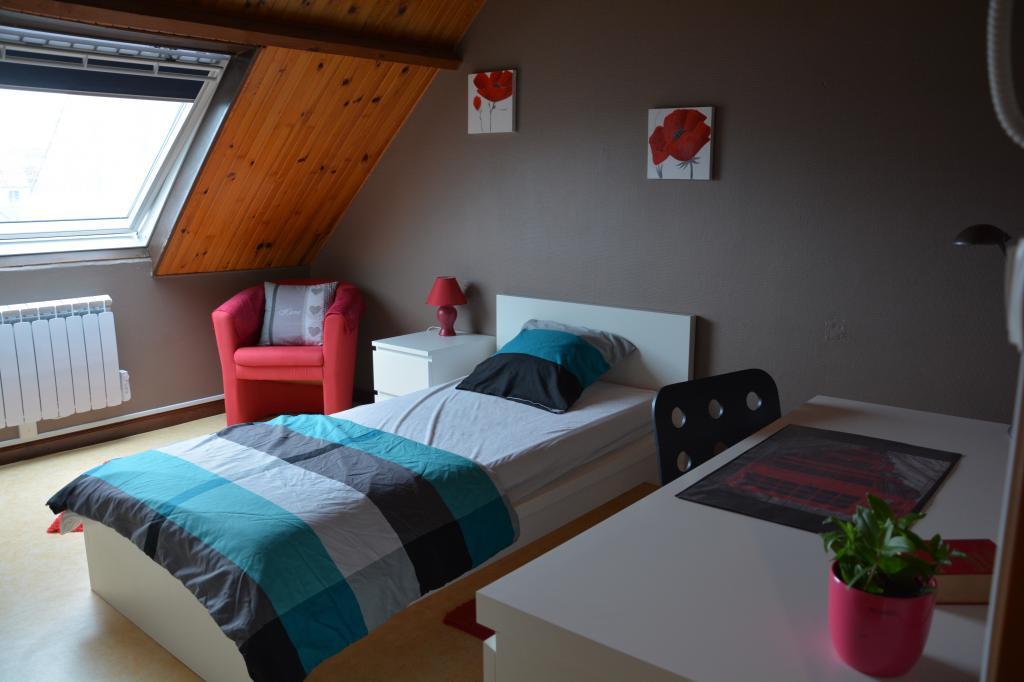 Location de particulier à particulier à Calais, appartement chambre de 12m²
