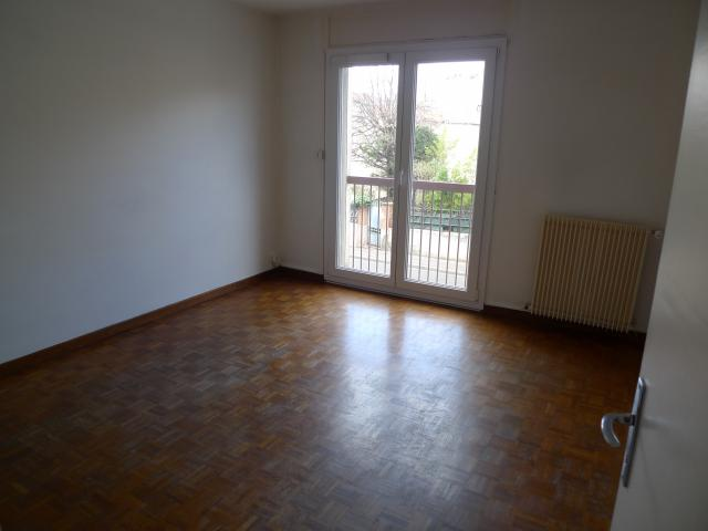 Location appartement T3 Marseille 04 - Photo 4