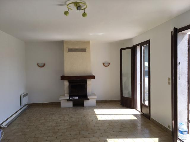Location maison F3 Ligueil - Photo 1